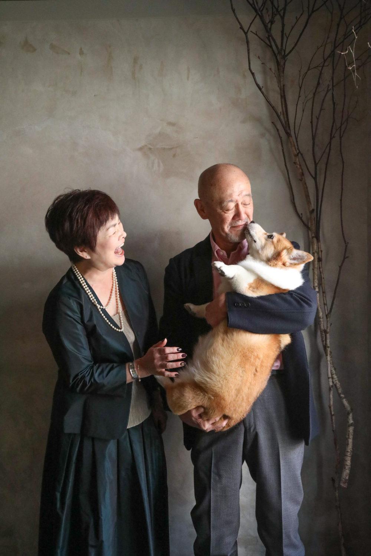 #Blossom 11 愛犬とご夫婦の写真 愛犬と一緒に撮影できるスタジオ