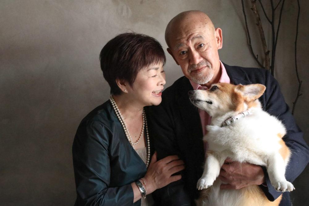 #Blossom 12 愛犬とご夫婦の写真 愛犬と一緒に撮影できるスタジオ